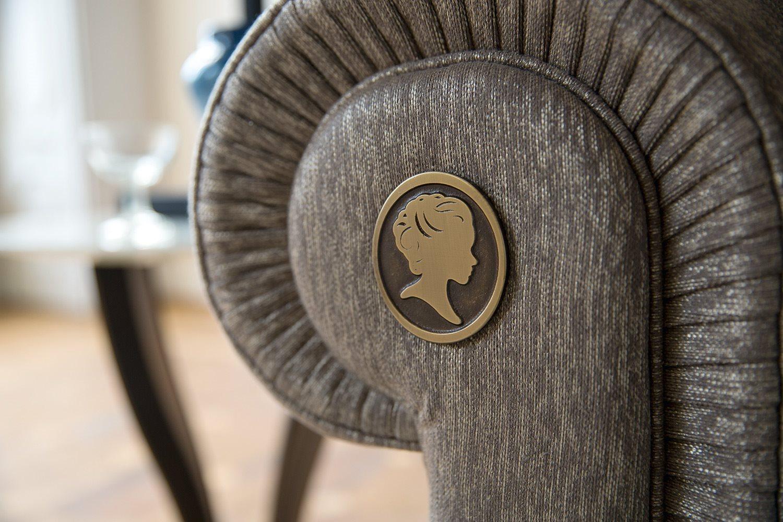 ALBERTA PACIFIC. Традиции производства диванов модели «Честер»